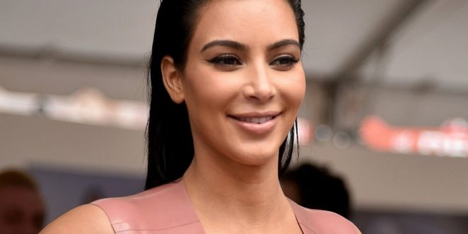 Kim Kardashian tweets pregnancy rumors