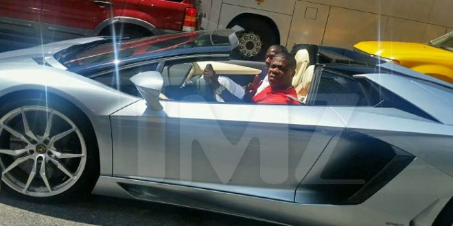 Tracy Morgan Spotted Back in the Driver's Seat