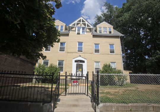 The home of Raynette Turner at 211 S. Second Ave in Mount Vernon. Turner, a mother of eight, was found dead in a Mount Vernon police holding cell Monday. (Photo: Seth Harrison/The Journal News)