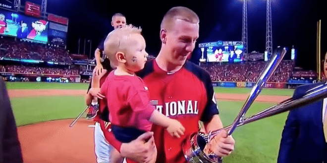 VIDEO Reds' Todd Frazier Wins All-Star Home Run Derby 2015