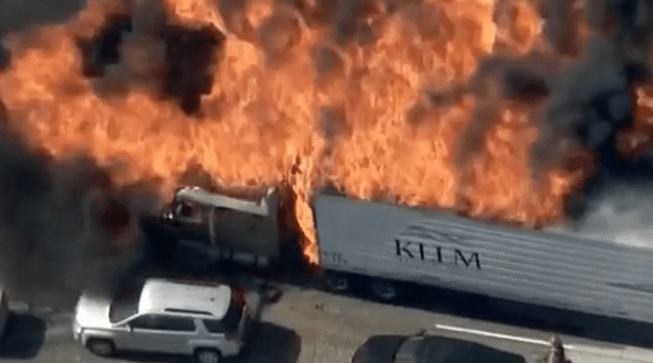VIDEO Fire in Cajon Pass Burning Vehicles on I-15, Structures in Baldy Mesa