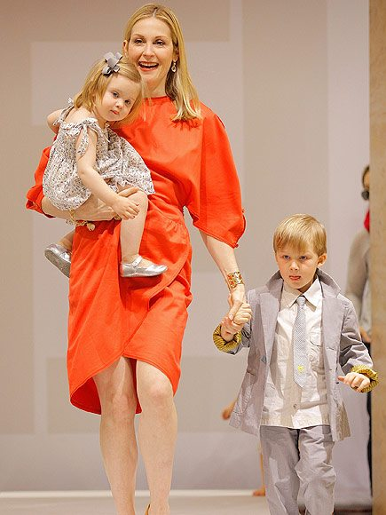 Kelly Rutherford Finally Reunites With Her Kids in New York City