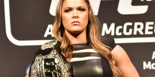 VIDEO Ronda Rousey Calls Out Floyd Mayweather after ESPY Win!