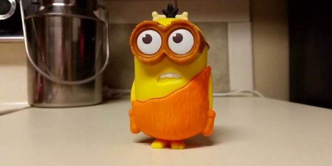 """VIDEO Parents Freak Out McDonald's 'Minions' Toys Says """"What the F—?"""""""