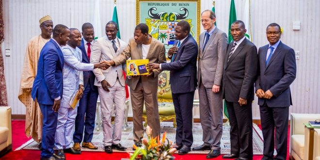 Akon Lighting Africa Unveils Solar Powered Tablet Devices for Education in Benin