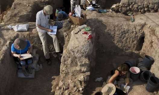 Archaeologists Find the Entrance Gate to Goliath's Hometown Gath