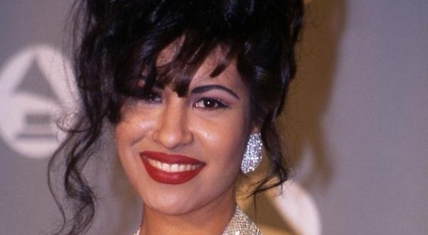 "VIDEO Selena's Family Shares Unreleased Song ""Oh No (I'll Never Fall In Love Again)"
