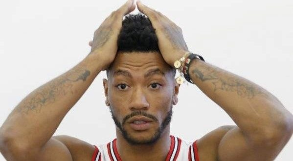 VIDEO Derrick Rose Injured Again on First Day of Practice