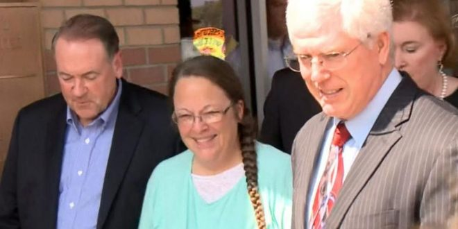 VIDEO Kentucky Clerk Kim Davis Released From Jail