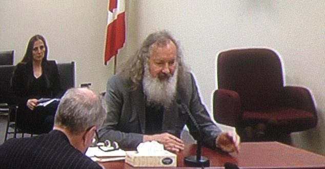 Free: Randy Quaid (above) appeared before the Immigration and Refugee Board in Montreal