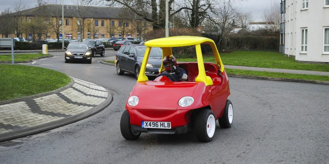 VIDEO Little Tikes: 2 UK Mechanics Sell Adult-Sized Version of Toy Car on EBay
