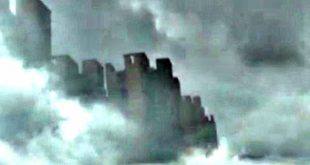 Jiangxi, China: VIDEO Residents Report Seeing Huge Mysterious City Floating in the Clouds