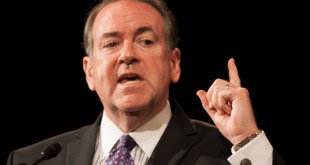 Mike Huckabee: Obama's shooting comments 'ignorantly inflammatory'
