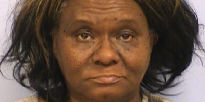 Texas Woman Arrested After Attacking Brother With a Butcher Knife for Eating Ribs