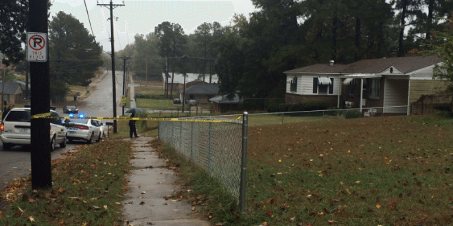 Memphis, Tennessee: 88-Year-Old Woman Stabbed And Robbed Outside Of Her Home