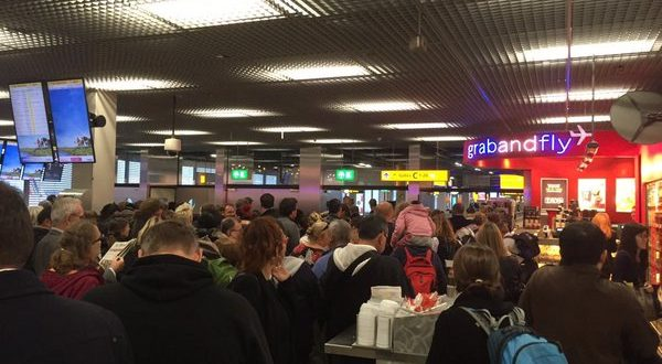 Amsterdam Airport Schiphol Evacuated After 'Jihadi John' Online Threats