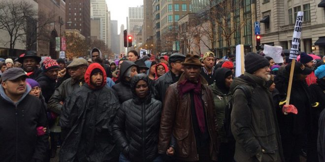 "VIDEO Black Lives Matters Protesters in Chicago Shut Down The ""Magnificent Mile"""