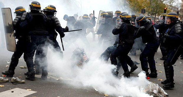 VIDEO Police Use Tear Gas After Climate Activists Throw Objects in Paris Demonstration