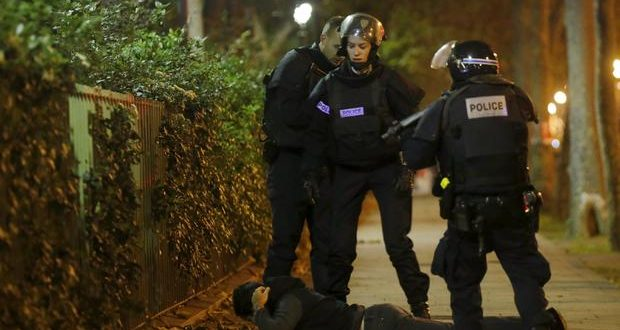 Brussels, Belgium: Arrests Made Following Police Raids Connected to Paris Attacks