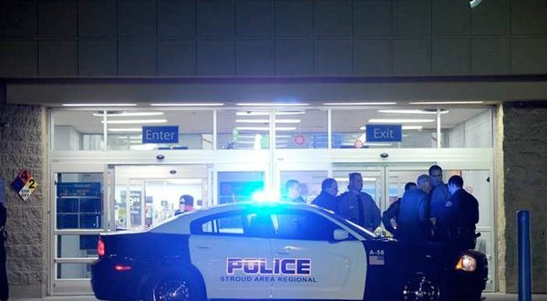 East Stroudsburg, Pennsylvania: Man with guns and Machete Shot and Killed Inside Wal-Mart