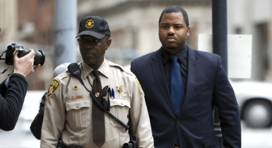 Mistrial Declared in Case of Police Officer Charged in #FreddieGray Death