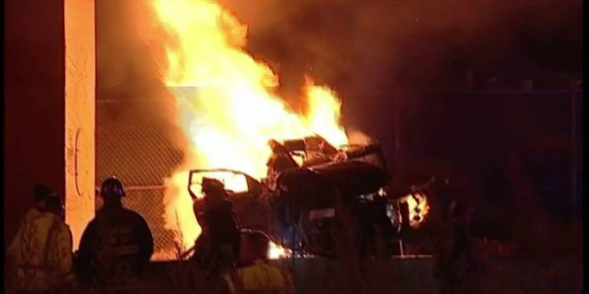 Vehicles Crash, Causing Fire That Killed 2 People in Dan Ryan Expressway, Chicago