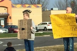 Muscatine, Iowa Man 'Shames' Panhandlers Who Declined Job Offer