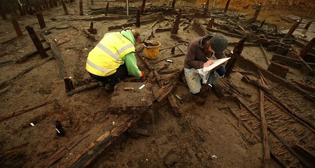 Cambridgeshire, United Kingdom: 3,000 Years Later – 'British Pompeii' Discovered