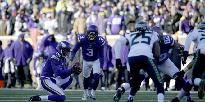 Vikings Kicker Blair Walsh Misses Potential Playoff Game-Winning Field Goal Against Seahawks
