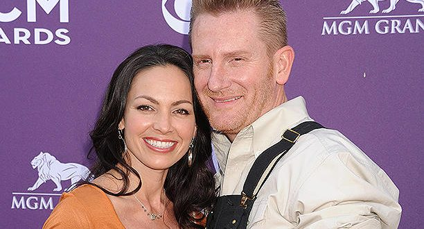 Joey Feek Is 'Having Serious Talks With Jesus' While in Hospice Care, Husband Rory Says on Blog