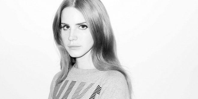 "Watch Lana del Rey's New Music Video for ""Freak"""