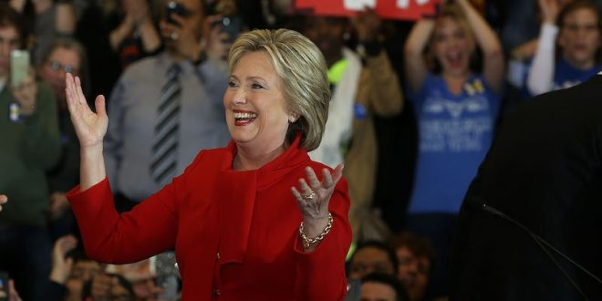 Hillary Clinton Wins Iowa Caucuses Delegate After Coin Toss