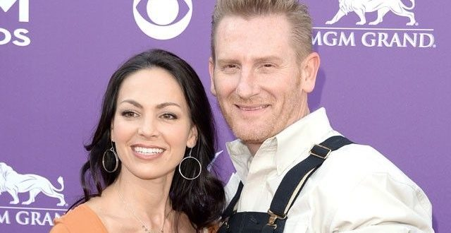 Husband Rory Feek Confirms Joey Feek's Death at 40 After Cervical Cancer Battle