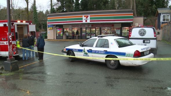 White Center, Washington: Man With Concealed Carry Permit Stops Hatchet Attack at 7-Eleven