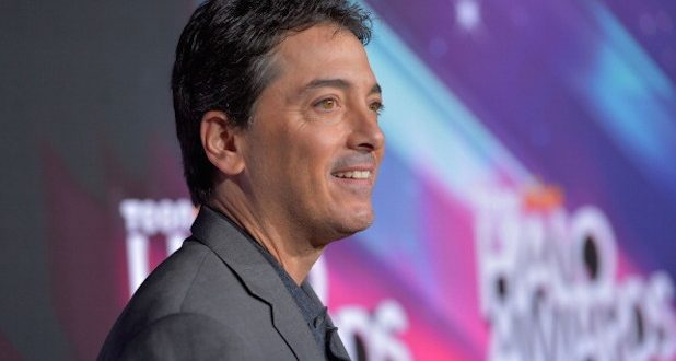 VIDEO Scott Baio Endorses Donald Trump: 'We Need Someone to Relentlessly Attack Hillary'
