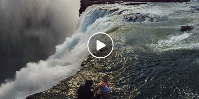 National Geographic Releases Amazing 360-Degree Video of Victoria Falls