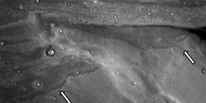 Evidence Found of Ancient Tsunamis Up to 400-Feet High on Mars, Study Shows