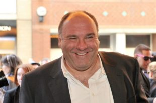 Paramedic Goes on Trial For Allegedly Stealing James Gandolfini's Rolex As He Lay Dying