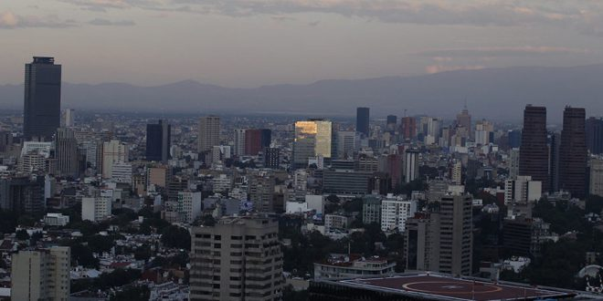 5.7 Earthquake Hits Mexico, Shakes Buildings in Capital