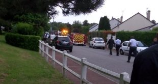 Man Takes Hostages In Paris Suburban Home After Killing a Police Officer