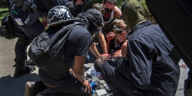Multiple People Stabbed in Clashes Between Neo-Nazis, Protesters in Sacramento, California