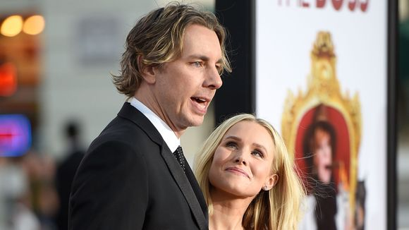 Dax Shepard (left) with his wife, Kristen Bell. (Photo: ANGELA WEISS, AFP/Getty Images)