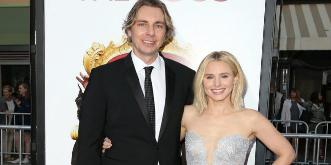 Kristen Bell Shares Photos From Her Wedding to Dax Shepard For The First Time