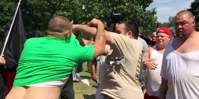VIDEO 'White Lives Matter' Rally in New York Descends Into Chaos as Protesters Brawl With Neo-Nazi