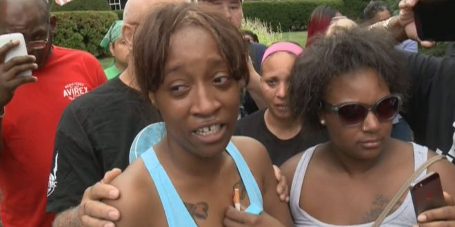 Girlfriend of Philando Castile Demands 'Justice, Peace'