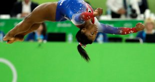 Simone Biles Wins 4th Olympic Gold in Floor Exercise, Teammate Aly Raisman Wins Silver