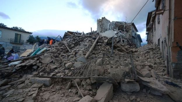The quake razed several historic buildings to the ground
