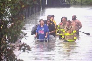 Louisiana Flooding: 3 Dead, More Than 7,000 Rescued, 5,000 in Shelters, Drivers Still Stranded on Interstate