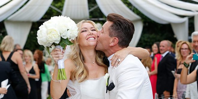 'Dancing with the Stars' Couple Kym Johnson and Robert Herjavec Tie the Knot!