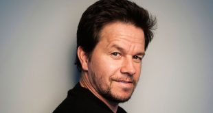 Mark Wahlberg Tells 'Out of Touch' Celebrities to Shut Up About Politics